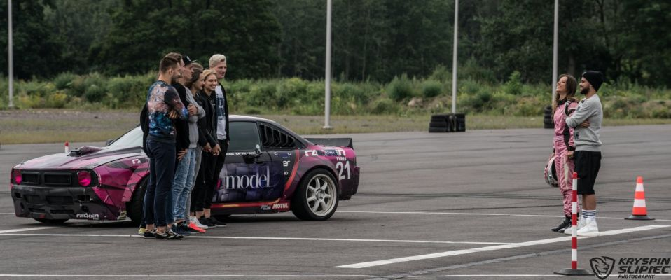 "Karolina ""CK"" Pilarczyk - Polish Drift Girl w Top Model 2016"